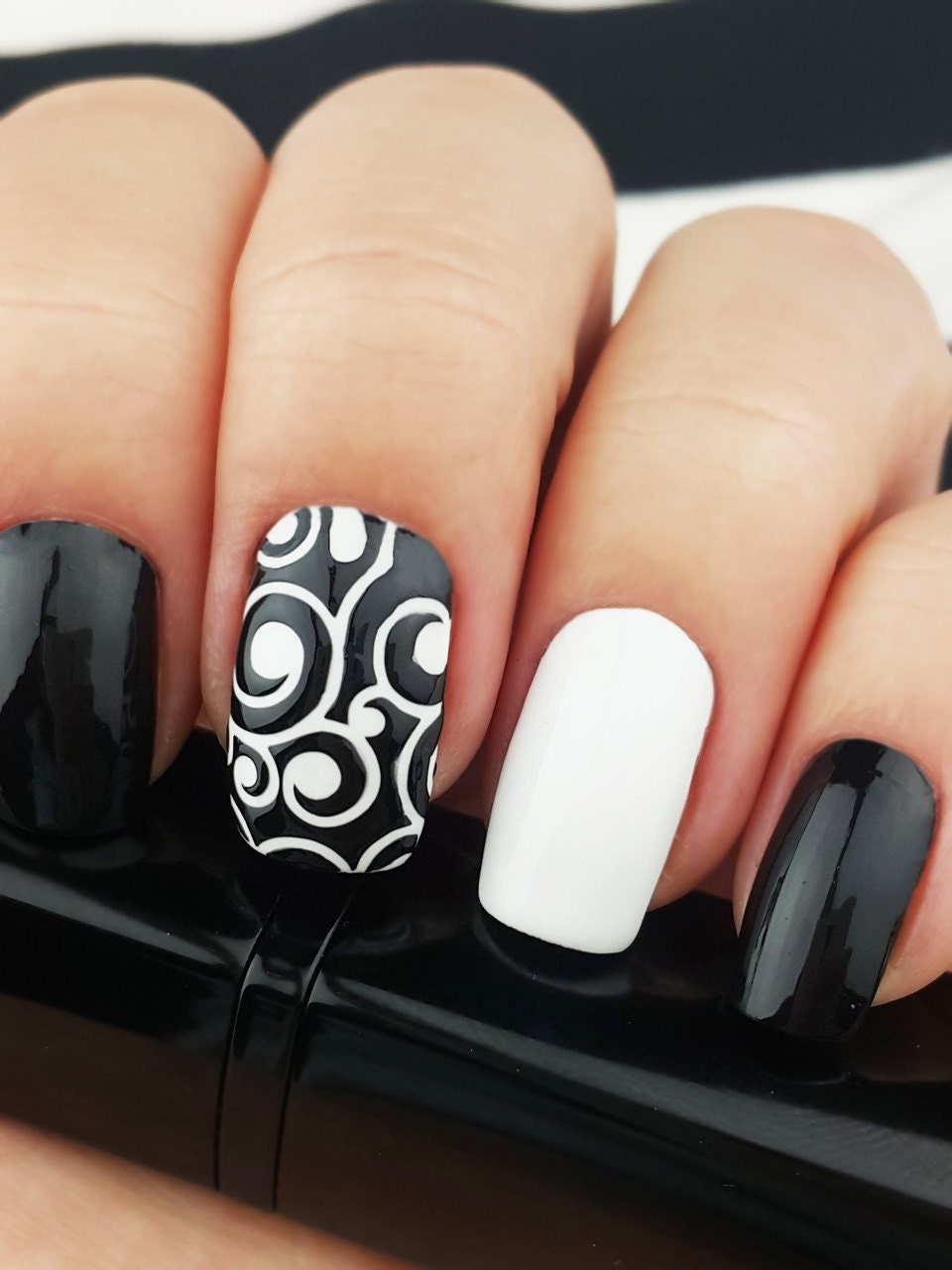 Vine Vinyl Nail Stencils - incredible nail art stencils set by Unail ...