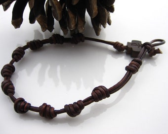 Knotted rosary Leather Bracelet, Handmade leather rosary, Men rosary, Women rosary, Boho jewelry, Chi Rho Cross bead
