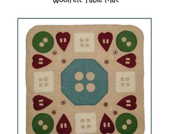 PDF Pattern - In The Button Box 14.5 inch WoolFelt Table Mat
