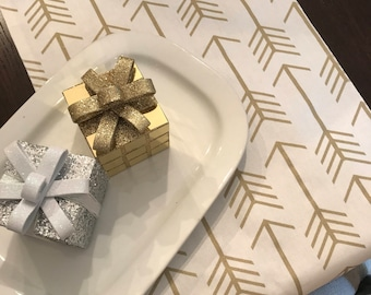 Gold TABLE Runner | Gold Decoration | Gold Christmas Table Decor | Gold Arrow Table Runner | Gold Table Decor | Woodland Wedding Gold