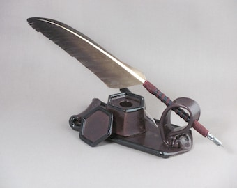 Quill Desk Set - Changable Nib Dip Pen with Ink Well and Stand