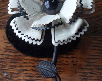 Black and White Vintage Flower Brooch