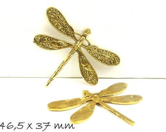 Pendant dragonfly Vintage Gold 46.5 x 37 mm Golden