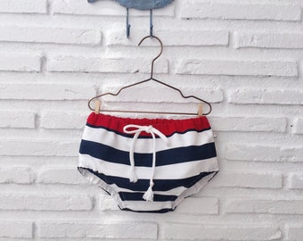 Cubrepañal baby stripes, baby stripes bib, Cubrepañal baby sailor, baby sailor shorts.