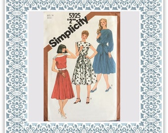Simplicity 5325 (1981) Misses' pullover dress and sash - Vintage Uncut Sewing Pattern
