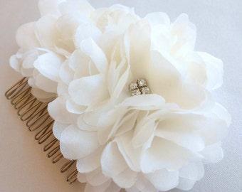 Silk Headpiece, Silk Fascinator, Hair Comb, Bridal Silk Flower, Wedding Headpiece *Jennifer*