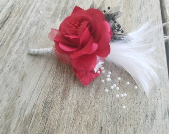 Red Great Gatsby Boutonniere, red Great Gatsby, red boutonniere, red rose boutonniere, wedding boutonniere, Great Gatsby wedding