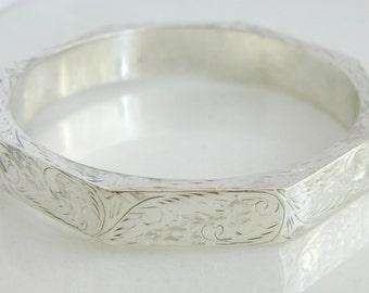 Wonderful Vintage Sterling Silver Incredibly Detailed Thailand Bracelet