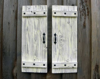 Rustic Shutters in Antique White. Set of 2. Door Shutters.  White Shutters Wall Decor. Rustic Doors. Farmhouse Shutters. Rustic Decor. L