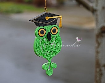 Paper Quilling Owl with Graduation Cap , Graduation Keepsake Ornament, Green and Yellow Owl in a box, Owl ornament, Christmas