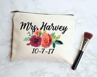 Fall Wedding, Fall Wedding Decor, Wedding Makeup Bag, Bride Makeup Bag, Fall Bridal Gift, Personalized Wedding Gift, Fall Bridal Shower Gift