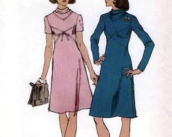 Simplicity 5790 Vintage 70s Misses' Dress Sewing Pattern - Uncut - Size 10 - Bust 32.5