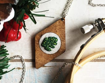 Monstera Leaf - Hand Embroidered Wood Necklace