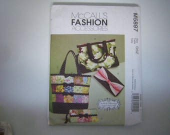 McCall's Fashion Accessories Pattern, #M5897, Designer Karina Hittle, 2009 Pattern, Factory Fold, Never Used, Handbag Patterns, Made In USA