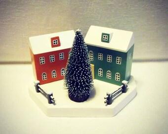 Christmas house, Ornaments, Handmade Christmas, Little Houses, Winter Wonderland, Christmas Gift, Christmas Decor, Snow scene