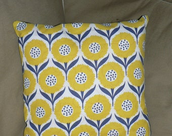 Cushion cover 40 x 40 - retro flowers - yellow and Blue Navy