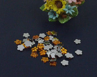 Orange flower rhinestone applique shape acrylic (x 20)