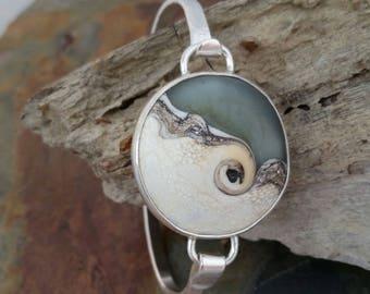Grey and ivory lampwork beach glass bangle bracelet