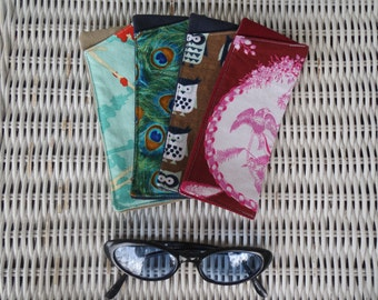 Bird Fabric Eyeglasses Cases, Reading Glasses Pouch, Reader's Pouch, Gift for Grandma, Grandpa, Aunt, Uncle, Sister, Brother, Mother, Father