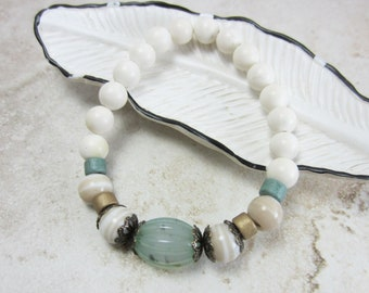 Green Stretch Bracelet, Mint Bracelet, Seafoam Green Bracelet, Boho Bracelet, Seafoam Green Jewelry, Gifts Under 20