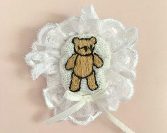 Teddy bear embroidery frill brooch cute romantic