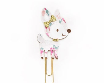 Floral Bunches Deer Paper Clip