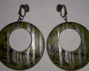 Stone and Wooden Asian Designed Vintage Clip On Earrings