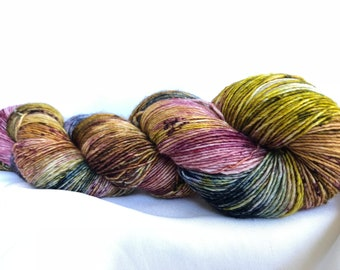 CITY STREETS -Speckle dyed, super wash merino single ply 100 Grams (400 yds) free shipping