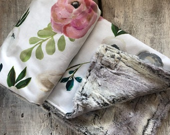 Limited edition, Baby blanket ,big watercolor style flowers cotton side, fake fur on the back side. 28x40""