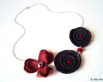 Floral Necklace, Leather Flowers, Everyday Jewelry, Black, Red, Modern Leather Accessory, Women Gift, Nature Jewelry, Leather Bib Necklace