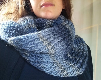 Knitted in Bright cat wool