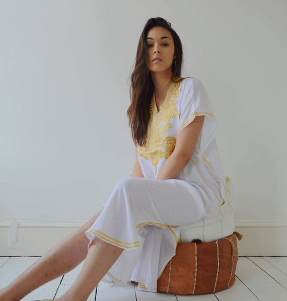 Kaftan White Dress Resort Caftan Kaftan Marrakech - Embroidery, beach kaftan, resort kaftan, winter dress, boho, Ramadan, Eid