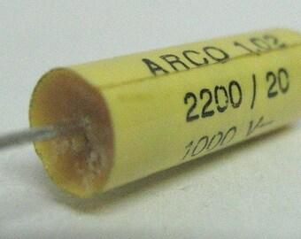 Capacitor 2.2nF 20% 1000V, polyester