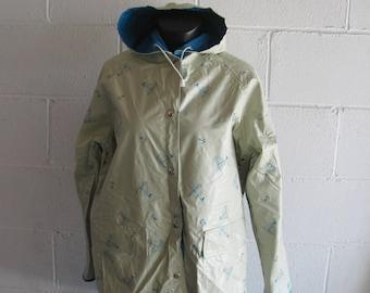 Vintage 90s Blue and Ivory SAILBOAT Print Nautical Rain Jacket Rain Coat Hooded