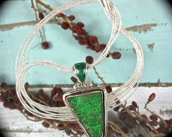 Uvarovite (Green Garnet) sterling silver pendant/necklace with inlaid bail 51x25mm