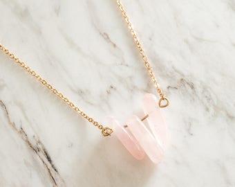 Rose quartz necklace, Raw quartz pendant necklace, Gemstone necklace, Dainty necklace, Crystal Necklace, Bridesmaid necklace, Gift under 15