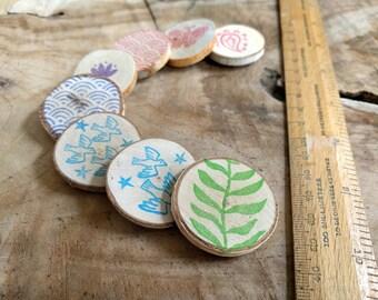 Wood Magnet, Fridge Magnet | Block print magnet, bird magnet, japanese pattern magnet, nature magnet wood slice gift, custom pattern + color
