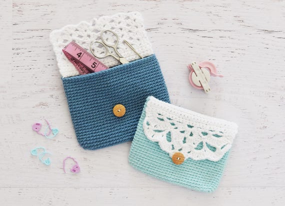CROCHET PATTERN - Button Pouch - crochet purse, button bag, easy crochet pattern, change purse, clutch, travel pouch, crochet bag