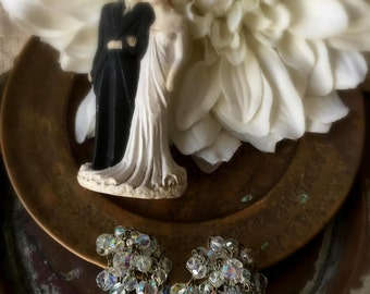 Vintage 1950's Aurora Borealis Dangle Clip Earrings, Aurora Borealis Bridal Earrings, Vintage Bride, Retro Bride, Something Old