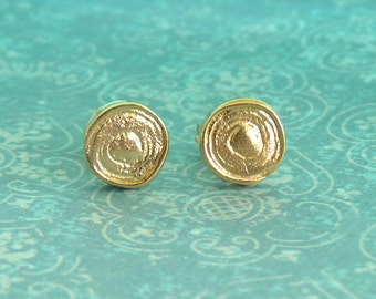 Gold Stud Earrings with a Spiral - Gold Studs - 18k Gold - Stud Earings