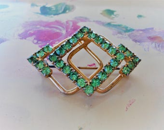 Vintage Green Brooch Pin