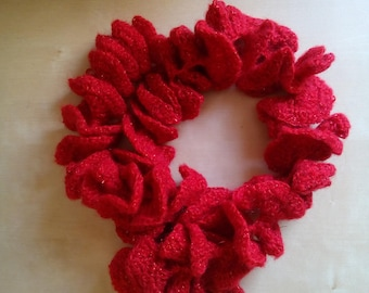 Crochet scarf effect ruffles in mohair and Lurex red