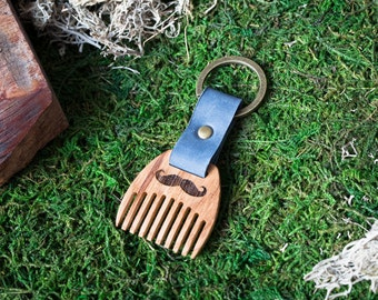 Wooden beard comb Oak wood. Mini Beard Comb Keychain. Navy leather Keyring. Personalized comb. Handsome. Boyfriend, groomsman gift.