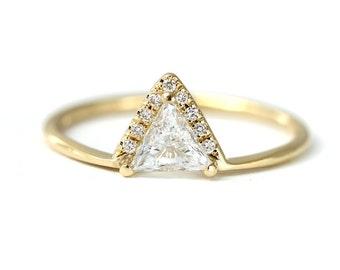 Trillion Diamond Engagement Ring, Crown Engagement Band, Triangle Diamond Ring, Diamonds Crown Ring, Trillion Cut Diamond Ring, Gold Ring