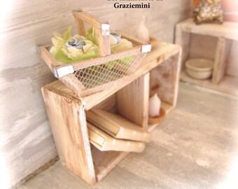Miniature basket - scale 1:12- Dollhouses miniatures
