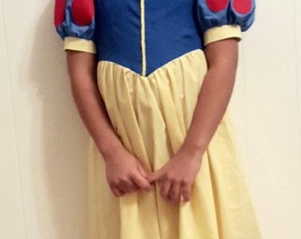 Snow white dress, Snow White costume