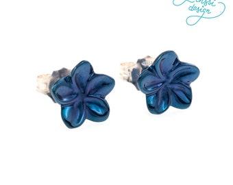 Blue flower earrings / unique whitegold earrings / handmade jewellery / blue rhodium plated / tiny flower earrings / gift / birthday gift