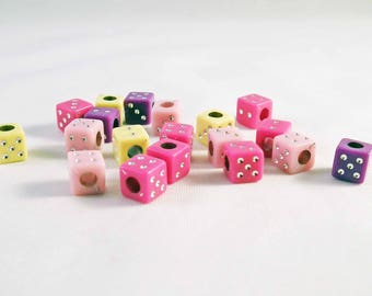 BJ02 - 20 dice beads playing random mixed colors of 6mm
