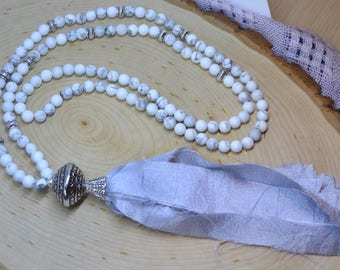 Matte White Howlite Boho Style Necklace