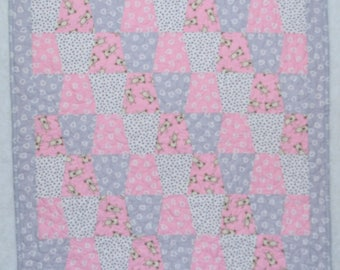 Pre-Cut Crib Quilt Kit - Robert Kaufman Pen Pals Fabric Precision Tumbler Cut Shapes get sewing Teddy's Love Quilt Faster!